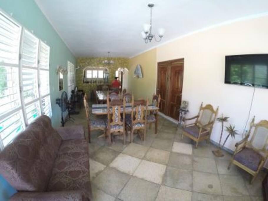 Living Room 1-1