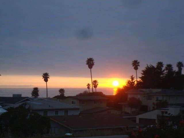 Pacific Sunsets by Highway One - Cayucos - Apartament