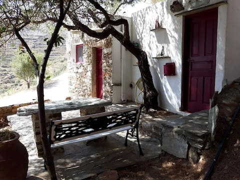 Traditional cottage / Traditional house-Serifos