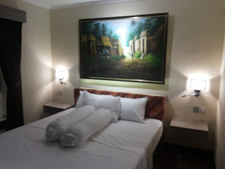 Alit Room