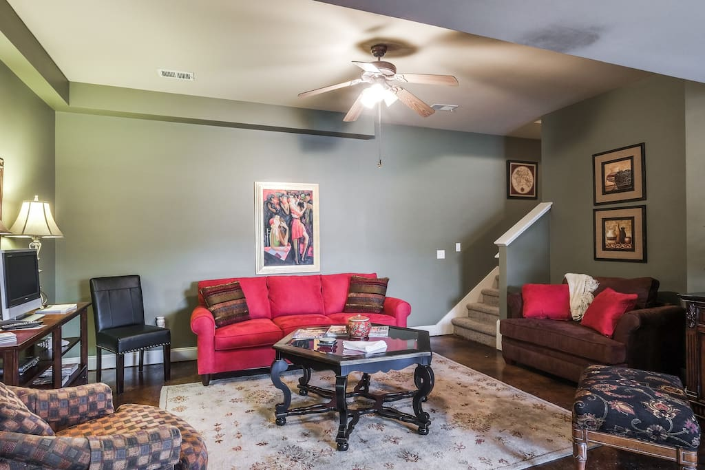 totally private 500 sq ft suite guest suites for rent in franklin tennessee united states. Black Bedroom Furniture Sets. Home Design Ideas