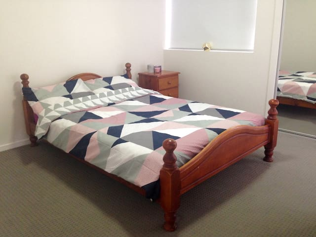 Private Ensuite Room - Morningside - Apartamento