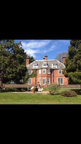 Large Victorian House - East Grinstead