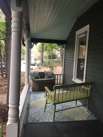Historic cottage near downtown W-S - Winston-Salem - Casa