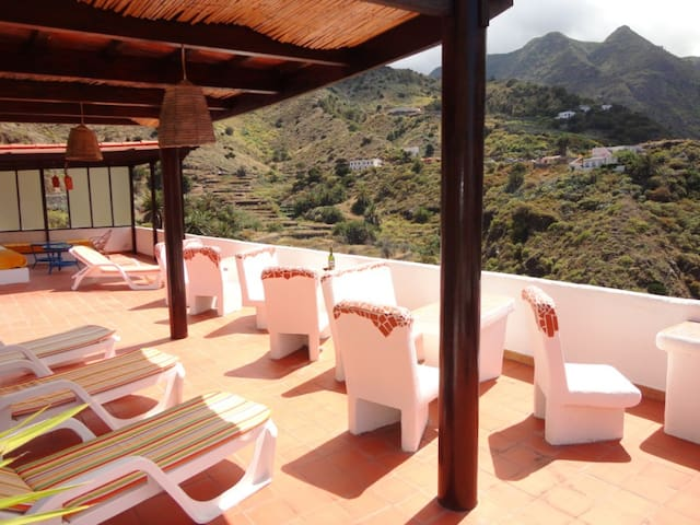 Apartments with fantastic view - Hermigua - Daire