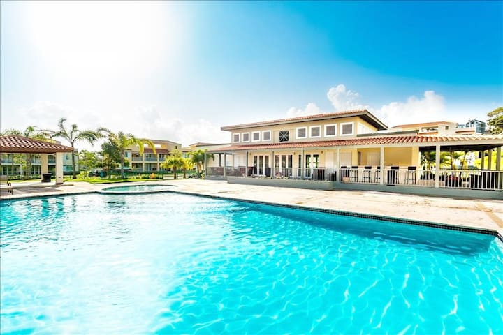 Coral Bay Villa Resort Paradise