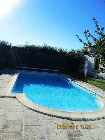Maison rénovée avec piscine - Fouras - House