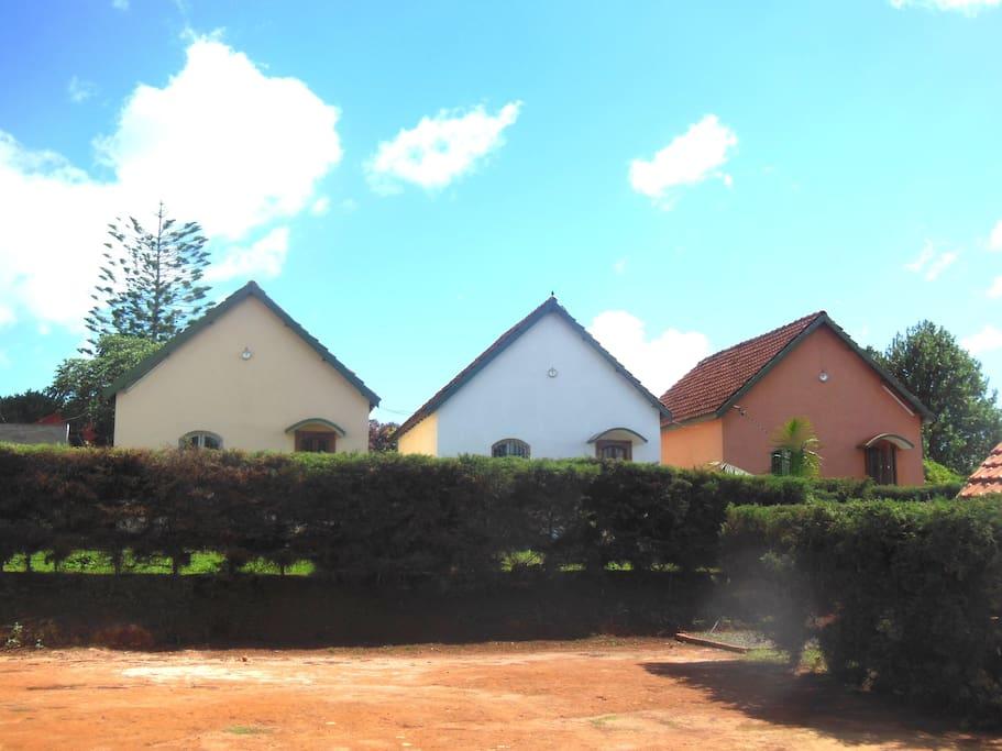 Les 3 maisons F3