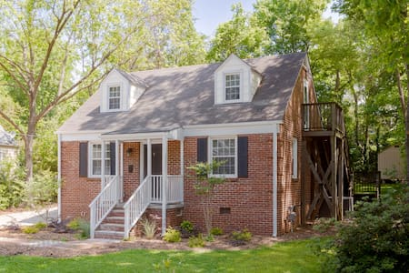 Adorable 1BR studio in Five Points - Raleigh - Wohnung