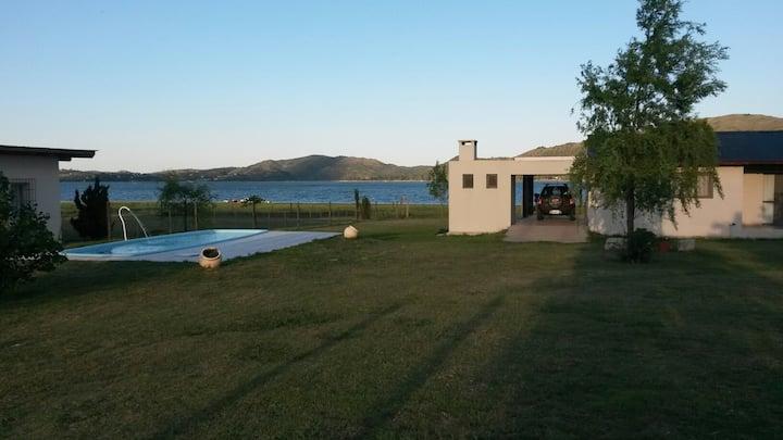 Casa sobre Lago Los Molinos