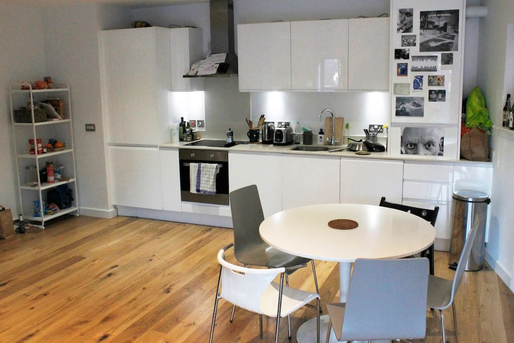 Open plan itchen, fully furnished including dishwasher