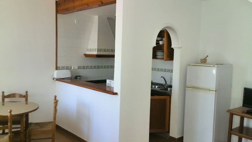 Apartamento en Facinas (Tarifa) N°5 CTC (Phone number hidden by Airbnb)