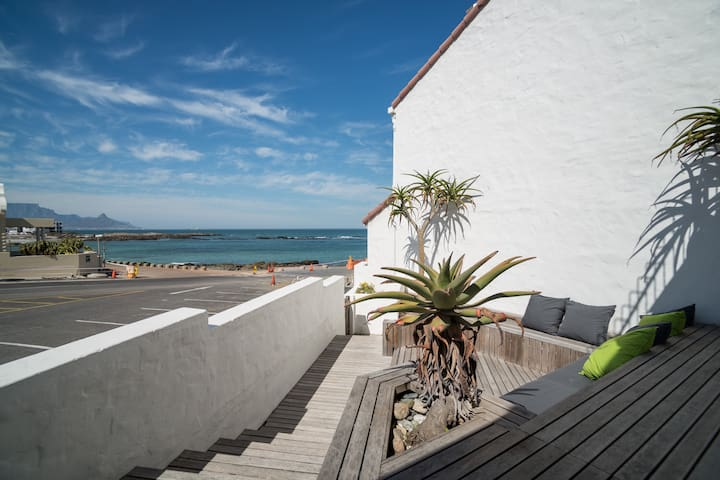 Spanish Steps Blouberg Beach House