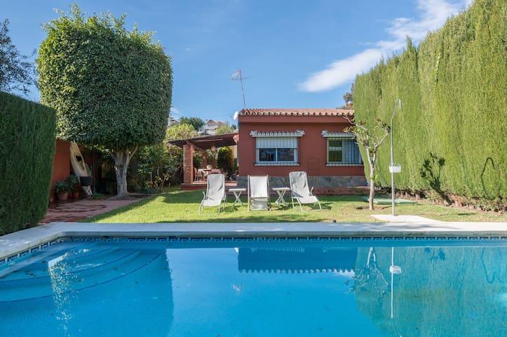 Beautiful house with garden - Málaga - Casa