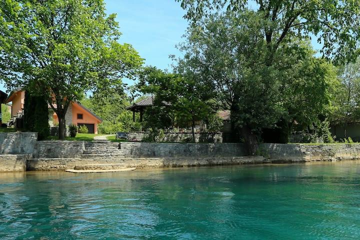 Villa Una Paradise
