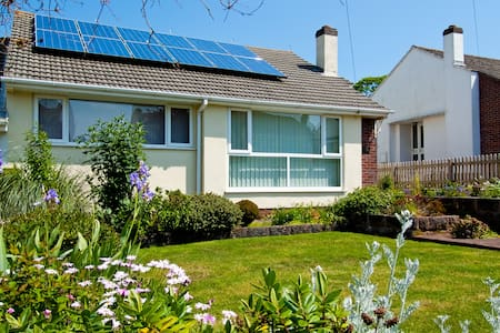 Secluded Paignton holiday bungalow.