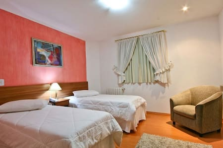 Pousada Villa de Campos - Campos do Jordao - Bed & Breakfast