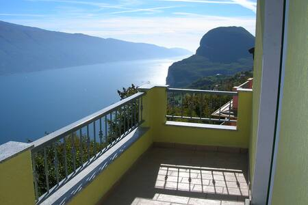 appartamento bilocale vista lago - Pieve