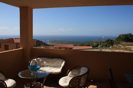 Smart apartment with panoramic sea view - Paduledda
