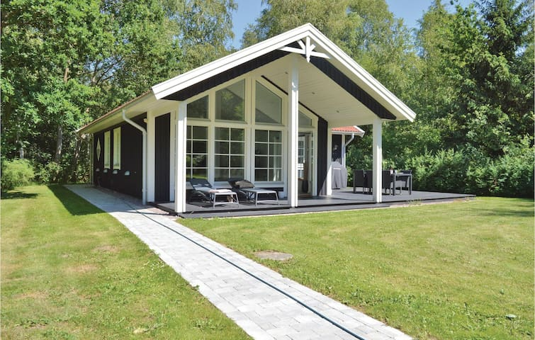 Holiday cottage with 2 bedrooms on 80m² in Frederiksværk
