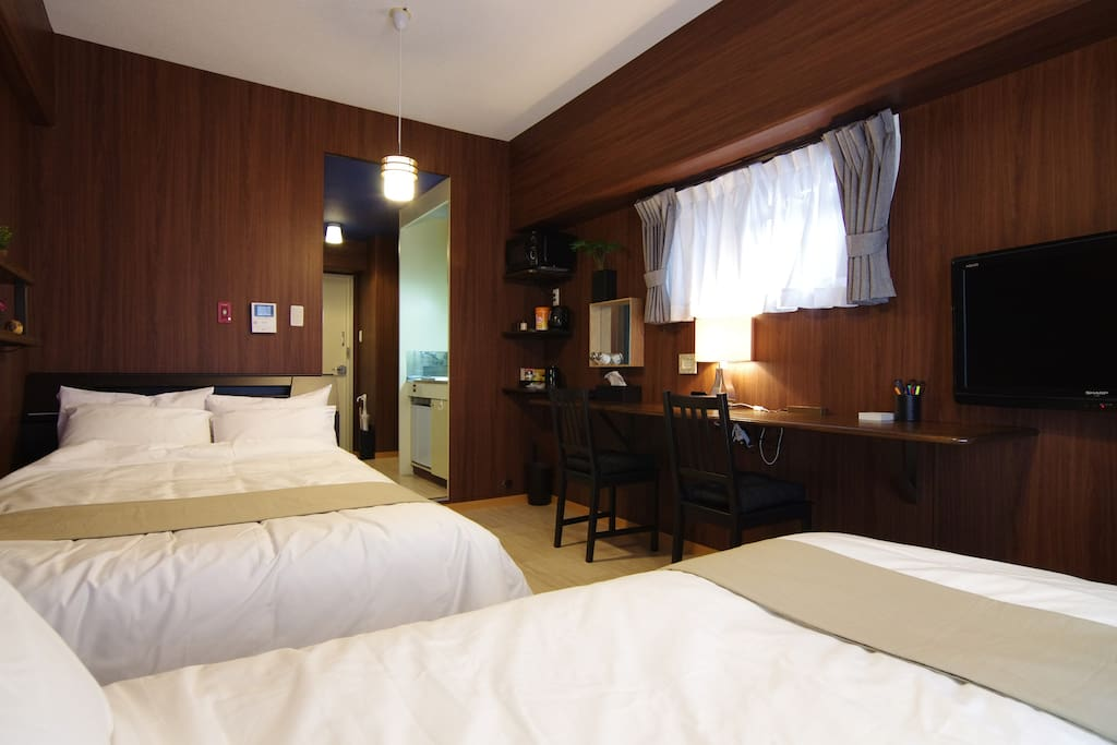 1 Double and 1 Single size beds 1張雙人床 1張單床