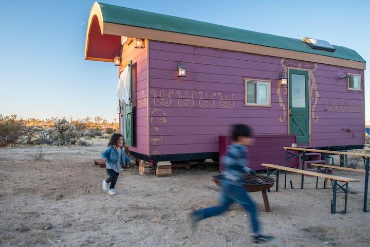 Joshua Tree Tiny House - The Gypsy Wagon