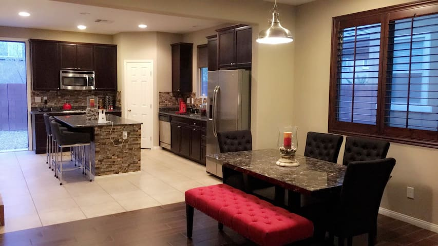 Summerlin/Red Rock Home. All pets are welcome!