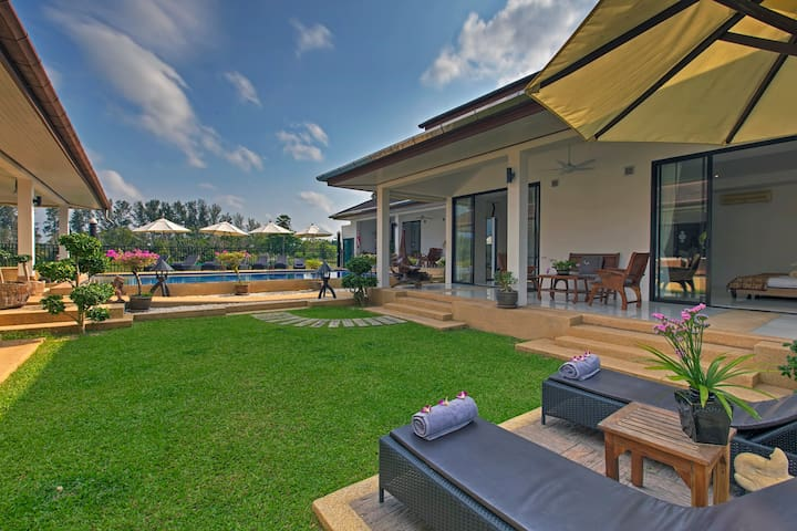 5* vacation Villa built for large families,24 beds