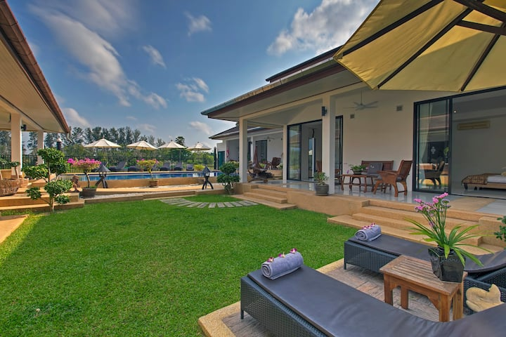 5* vacation Villa built for large families,28 beds