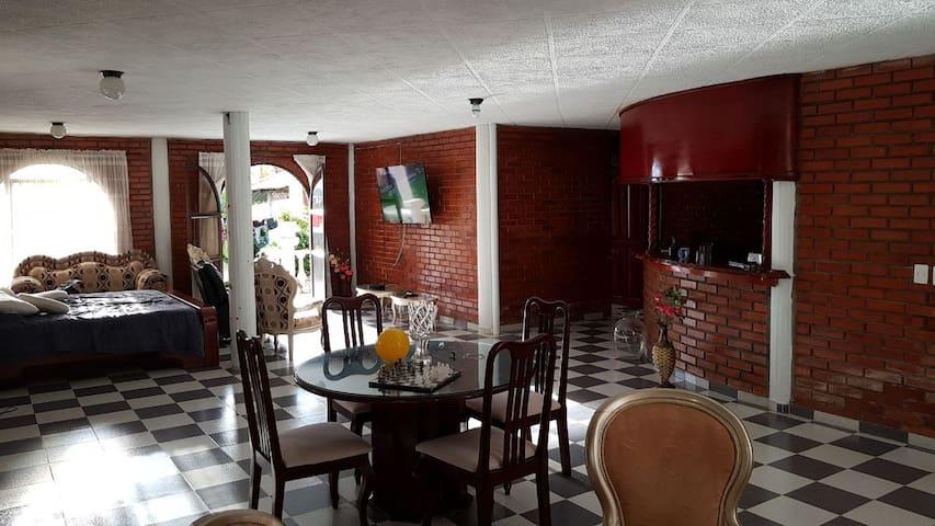 Chalet privado con paisajes del eje cafetero
