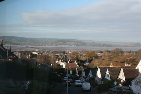 Single room with great view  - Exmouth