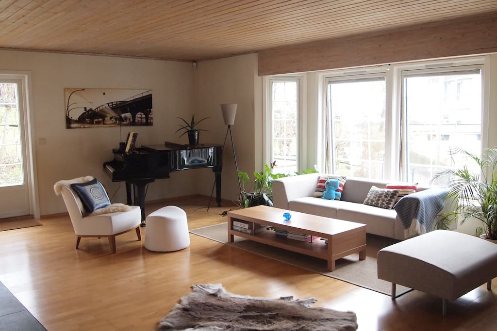 spacious living room offers great view of the fjord