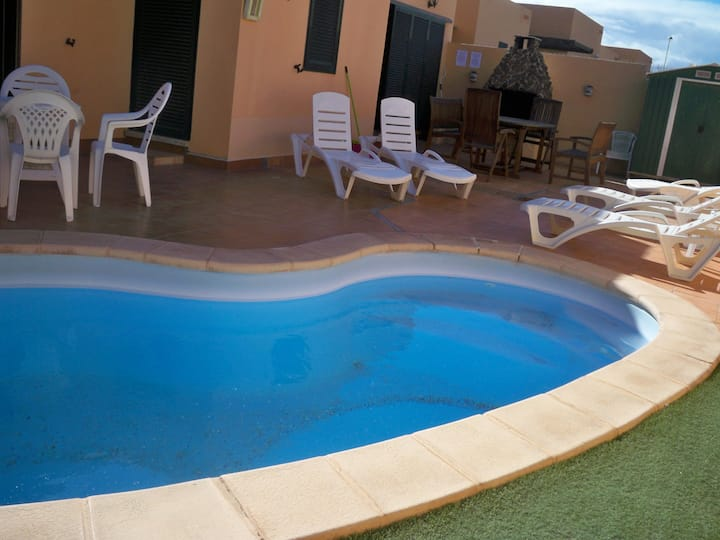 3 bedroom villa with private pool near Corralejo