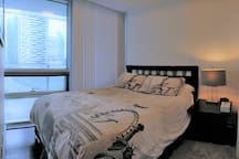 Beautiful shared condo - PERFECT DOWNTOWN LOCATION