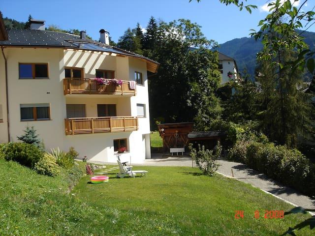 Dolomites, Val Gardena, Ortisei - Ortisei - Pis