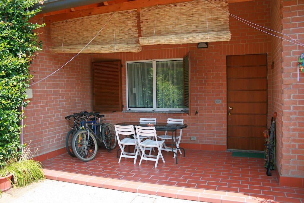 Casa con giardino tra milano e como maisons louer - Casa con giardino milano ...