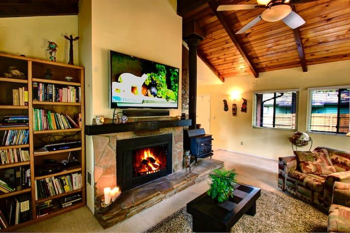 Sunny Pines Flagstaff Vacation Home - Flagstaff - Cabin