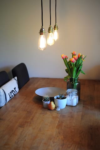 modern, cosy, well appointed apartment in Basel - Basilea - Pis