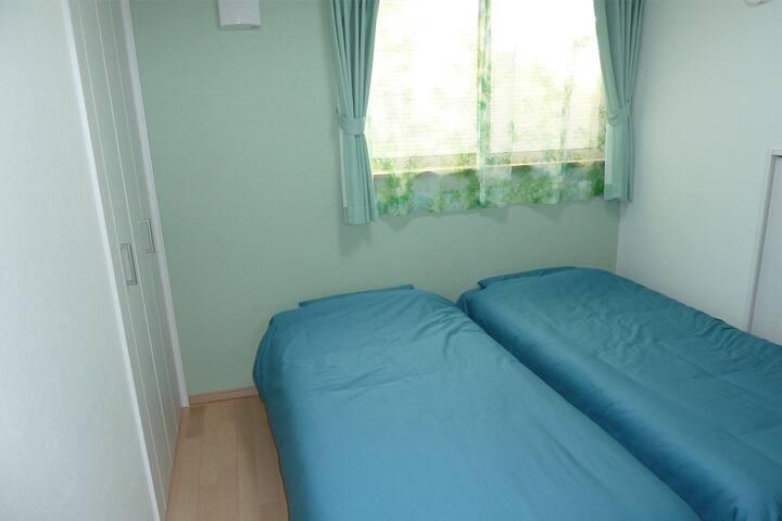 guest room green ゲストルーム緑の部屋