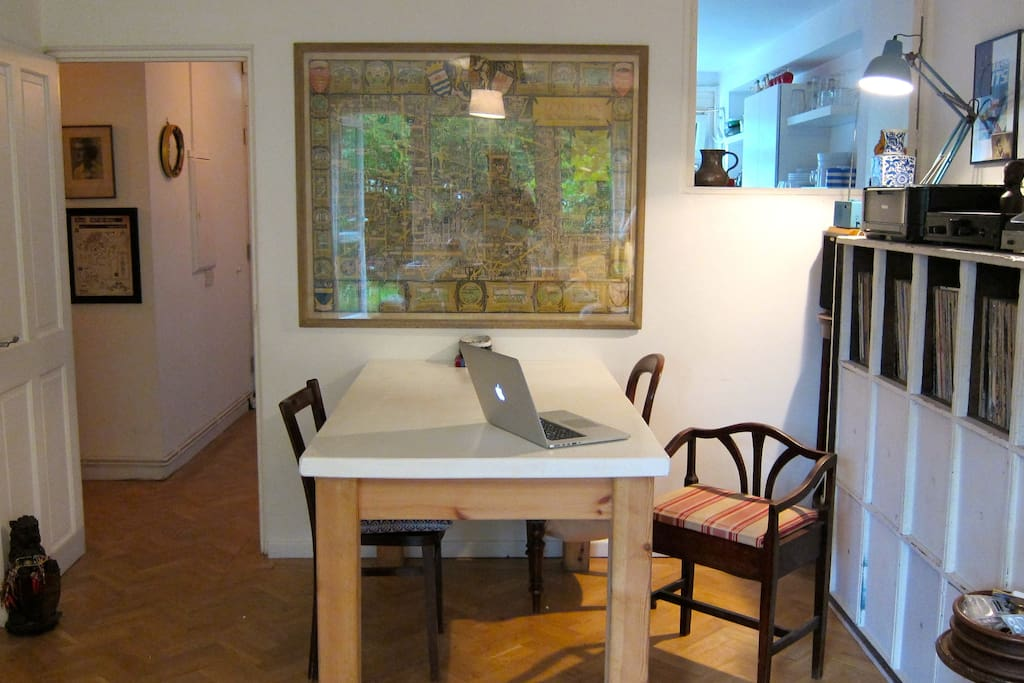 Living/Dining/Work space