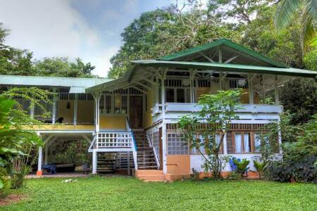 Bilbo Beach Front Caribbean Estate - Playa Chiquita - House