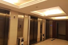 高档电梯大厅