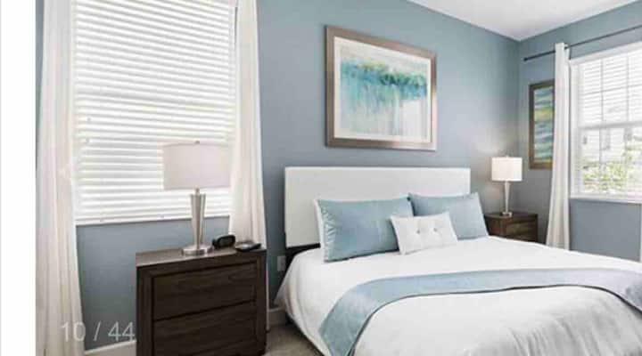 Luxury Location 1 bedroom near Universal studios