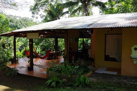 Casa Zephyr, gateway to Corcovado - Dos Brazos - Haus