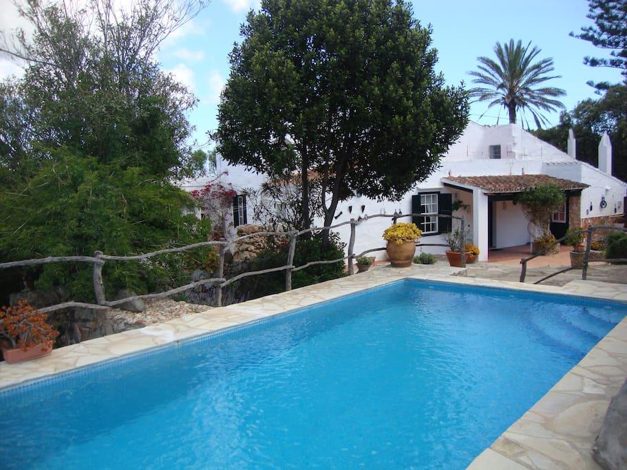 Casa en zona rural es castell wifi case in affitto a es for Piani casa in stile artigiano 4 camere da letto