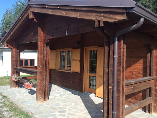 2 chalet uguali in campeggio - Battifollo - Cabin