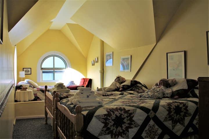 Bell Aura ~ Limberlost Room