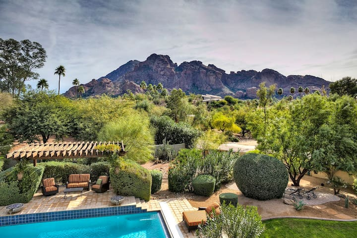 Luxury 2 bed estate - Camelback Mtn VIEW + HOT TUB
