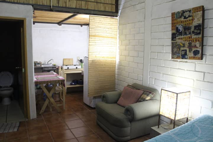 Ecological bungalow in private villa, 30min city