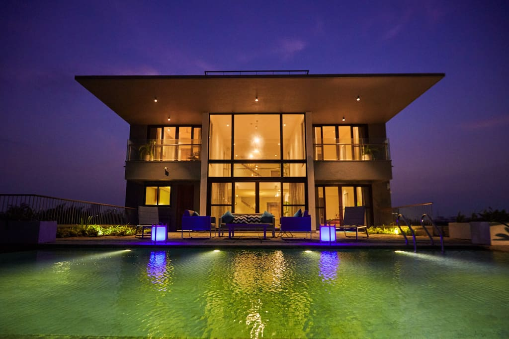Infinity Pool night view.